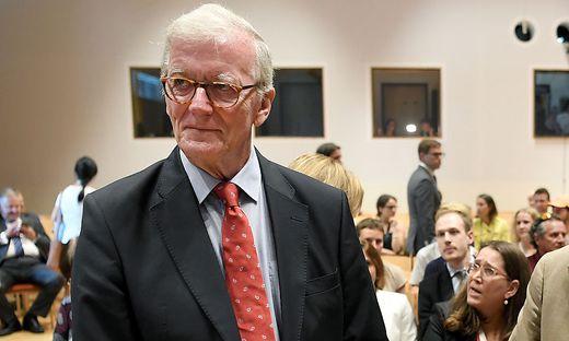Noch vor zwei Wochen war Caspar Einem Teil des Forums Alpbach, als dessen Vizepräsident er fungierte