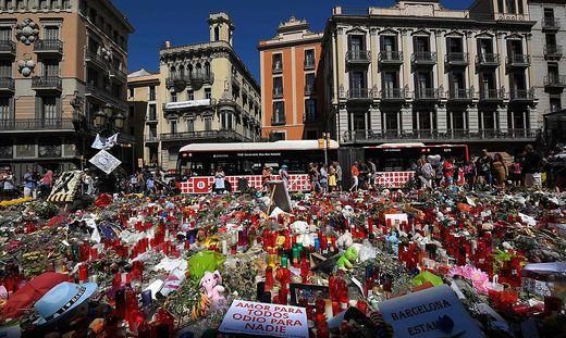 Nach den Anschlägen von Barcelona kommen nach und nach Details über die Täter ans Licht.