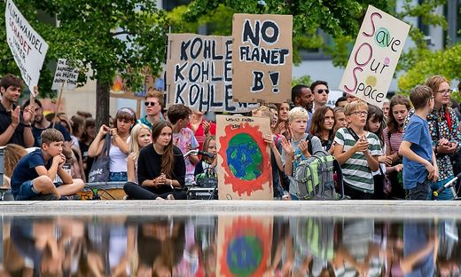 GERMANY-CLIMATE-DEMONSTRATION-FRIDAYS-FOR-FUTURE