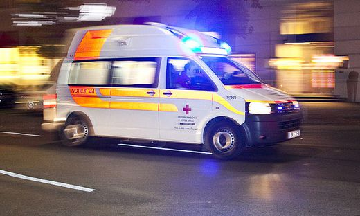 Sujetbild: Pinzgauer bedrohte Lenker eines Rettungsautos mit Pistole