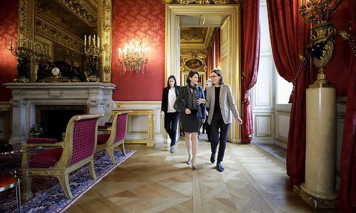 ++ HANDOUT ++ ANTRITTSBESUCH DER DESIGNIERTEN EUROPAMINISTERIN EDTSTADLER BEI EUROPAMINISTERIN DE MONTCHALIN IN PARIS