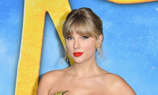 FILES-US-ENTERTAINMENT-MUSIC-GENDER-SWIFT