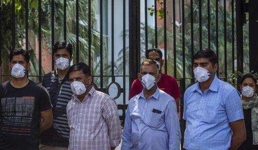 Alleine in Indien sind 1,3 Milliarden Menschen betroffen