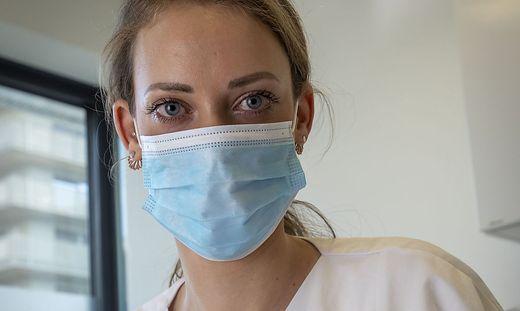 Sarah Sommer, Zahnärztin