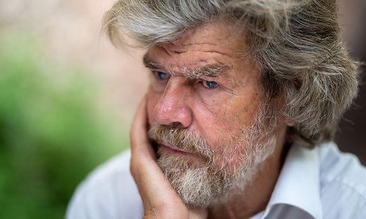"""""""Touristen ruinieren im Gebirge gerade das, was sie alle dort suchen"""", betont Messner"""