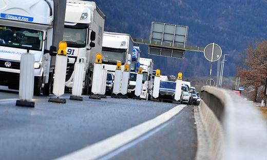 Verschärfte Grenzkontrollen bereiten der Wirtschaft Sorgen