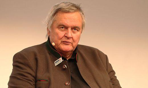 Karl Safron bleibt vorerst EBEL-Präsident