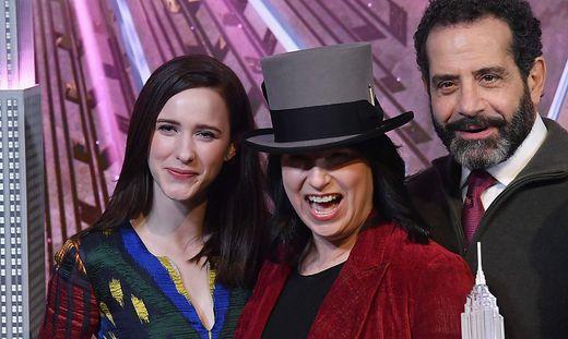 Rachel Brosnahan, Amy Sherman-Palladino und Tony Shalhoub