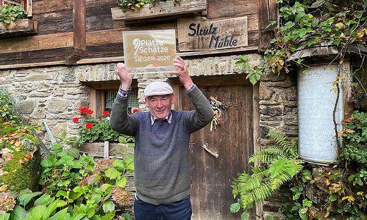 """Peter Fürbass (80) holt mit seinem Lebenswerk, der Strutz Mühle, den ersten Platz bei """"9 Plätze - 9 Schätze"""""""