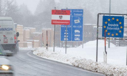 Laut Verkehrsbericht 2019 passieren täglich 512 Lkw den Grenzübergang nach Südtirol in Sillian