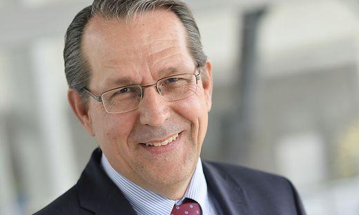 Studienbereichsleiter Dietmar Brodel