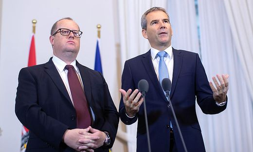 Finanzminister Hartwig Löger mit Staatssekretär Hubert Fuchs