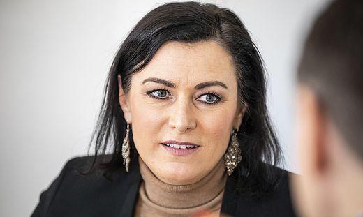 Elisabeth Köstinger ist Ministerin für Landwirtschaft, Tourismus und Regionen