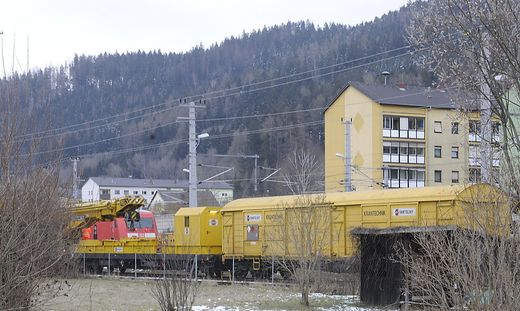 niklasdorf, bahnhof, eisenbahn