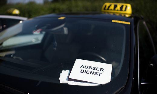 In Wien liefern sich Taxiunternehmen und Uber ein rechtliches Match