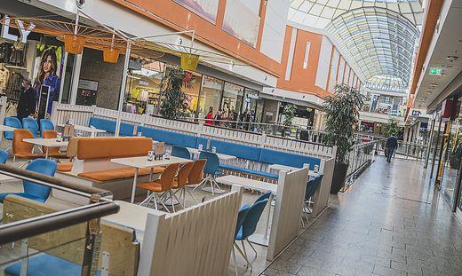 City Arkaden Klagenfurt Frequenz Coffee To Go geschlossene Gastro - Klagenfurt November 2020