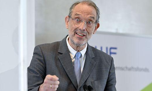 Bildungsminister Heinz Faßmann legt zu Wochenmitte seinen 4-Punkte-Plan für den Schulbeginn vor