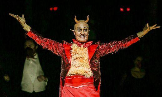 Marco Di Sapia gibt den Satan