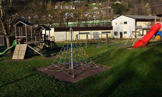 Die FPÖ fordert die Sanierung dieses Spielplatzes