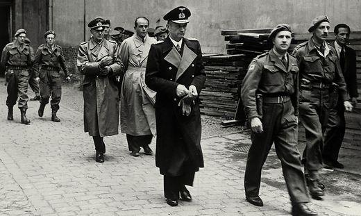 Dönitz, Speer und Jodl Festnahme 1945