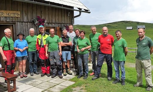 Sie alle halfen beim mehrtägigen Bergwaldprojekt mit