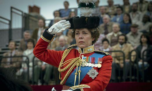 """""""The Crown"""", hier Olivia Colman als Queen Elizabeth II., räumte bei den Emmys ordentlich ab"""