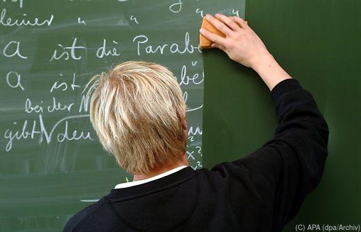 Lehrer leiden vor allem unter zu viel Bürokratie, ergab die Studie