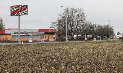 Mehrere der Vergewaltigungen wurden laut Polizei seit 2018 im Umfeld der Klagenfurter Großdisco Bollwerk verübt. Dort soll der 30-Jährige einigen Opfern aufgelauert haben