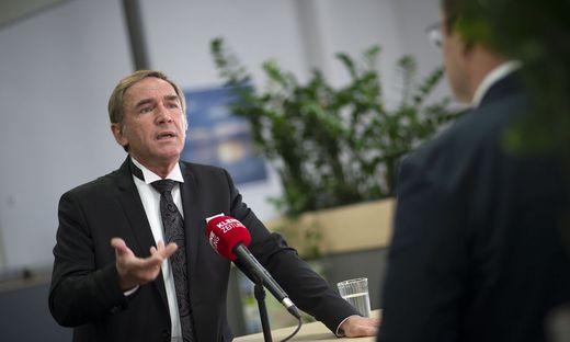 Sauer im Gespräch mit Kleine-Zeitung-Deskchef Georg Lux