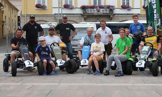 Das Pedal-Kart-Rennen fand zum ersten Mal am Brucker Hauptplatz statt