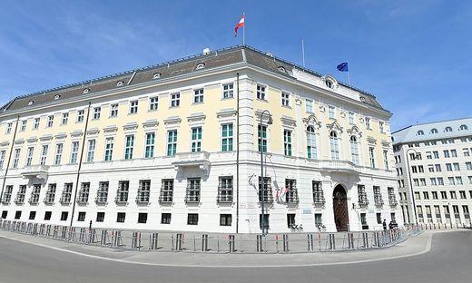 Vom Bundeskanzleramt abwärts hat das Homeoffice während der Pandemie in einigen Ministerien Sicherheitsrisken ausgelöst.