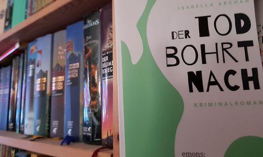 Isabella Archan, Der Tod bohrt nach, Emons Verlag, 2018, 13,30 Euro