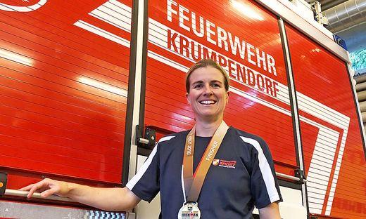 Christina Schönberg, Feuerwehrmann