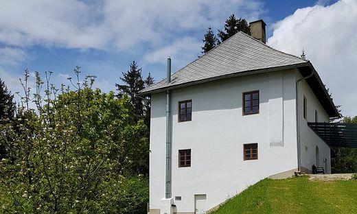 Der Pfarrhof bei der Kirche St. Oswald wurde zur Pilgerherberge ausgebaut