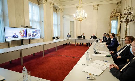 Die Bundesregierung in ihrer Besprechung mit den Landeshauptleuten