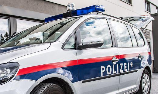 Die Polizei fahndet nach dem Glaswerfer