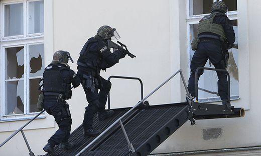 Die Beamten wurden vom Einsatzkommando Cobra unterstützt (Sujetbild)