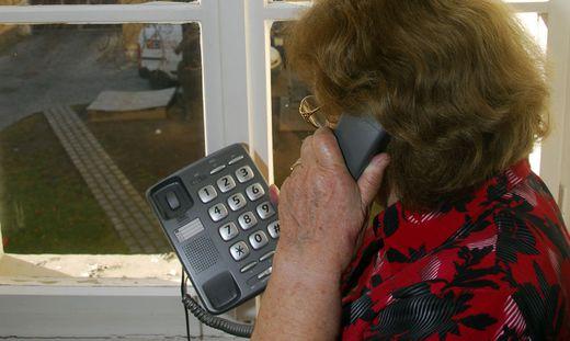 Betrüger wenden sich besonders oft an ältere Menschen