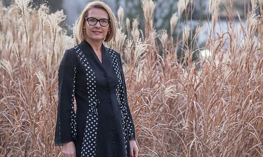 Krimiautorin Claudia Rossbacher