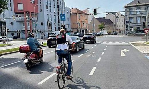 Gefährliche Radstreifen machen das Radfahren in Klagenfurt riskant
