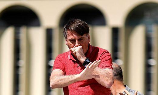 Bolsonaro wettert bei der Demo gegen die Corona-Maßnahmen