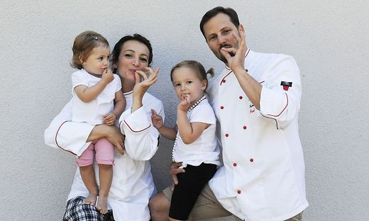Süße Familie: Magdalena, Lidia, Caroline und Paul Fahrnberger