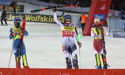 Petra Vlhova siegt in Levi vor Mikaela Shiffrin (links) und Katharina Liensberger