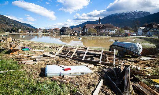 Verwüstungen durch Unwetter mit Hochwasser und Föhnsturm im Kärntner Rattendorf im Oktober 2018