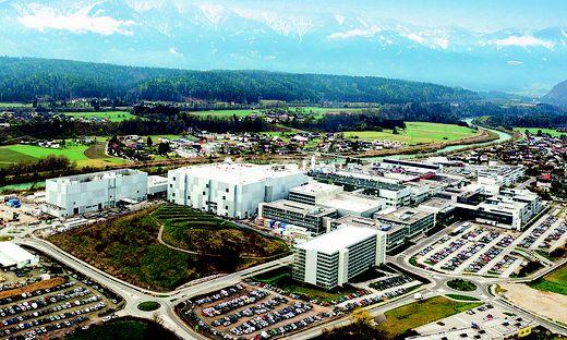 Die neue Fabrik (links) am Gelände der Infineon in Villach