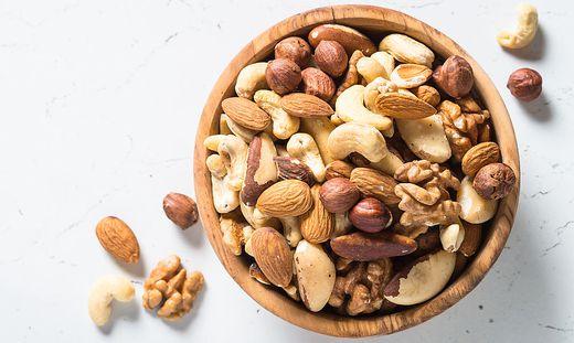 Eine Handvoll Nüsse pro Tag