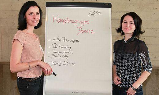 Eva Mir (links) und Doris Gebhard wollen sich mit anderen Demenzforschern vernetzen