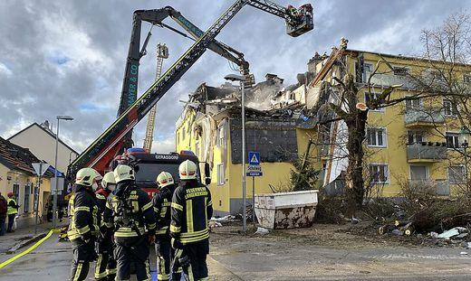 ++ HANDOUT ++ NIEDEROeSTERREICH: EXPLOSION IN MEHRPARTEIENHAUS IN LANGENZERSDORF
