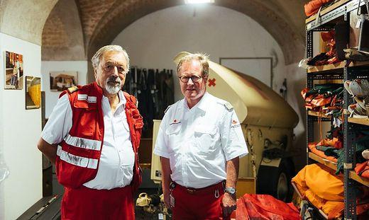 Gerald Kern (links im Bild) und Helmut Weber sind leidenschaftliche Sammler