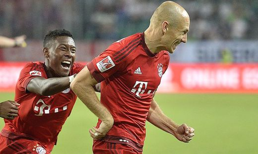 David Alaba (links) mit Arjen Robben